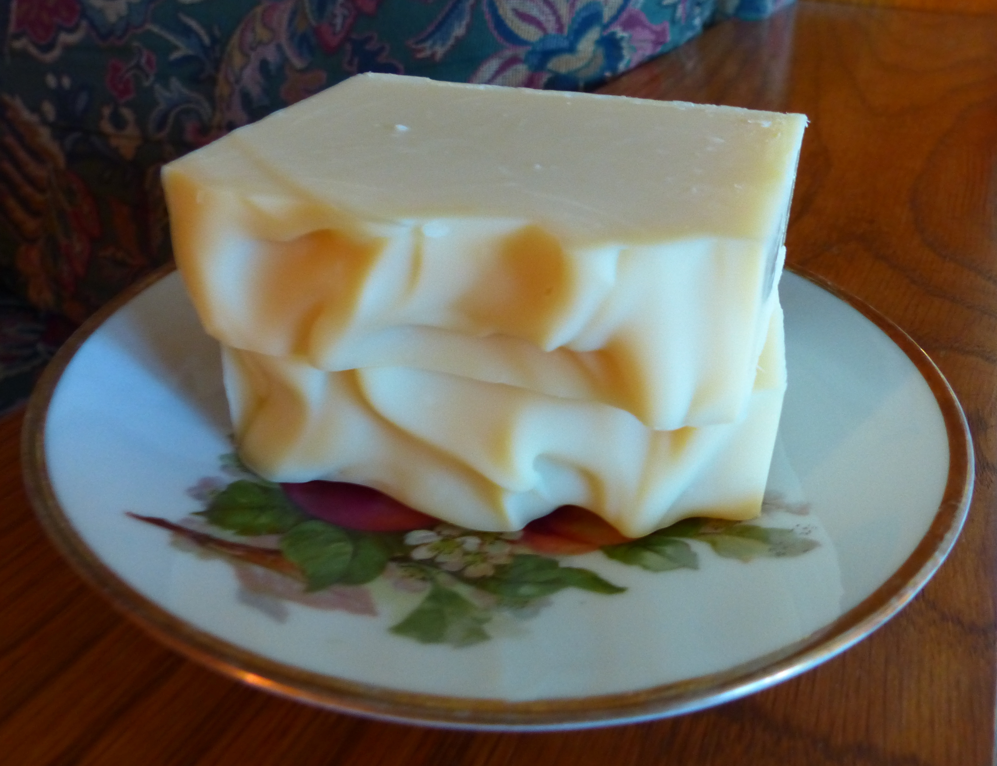 White Grapefruit - Honeybump Soaps